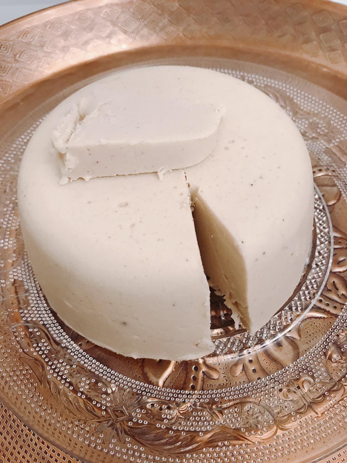 #1 Making vegan cheeses (how to make veganbrie)